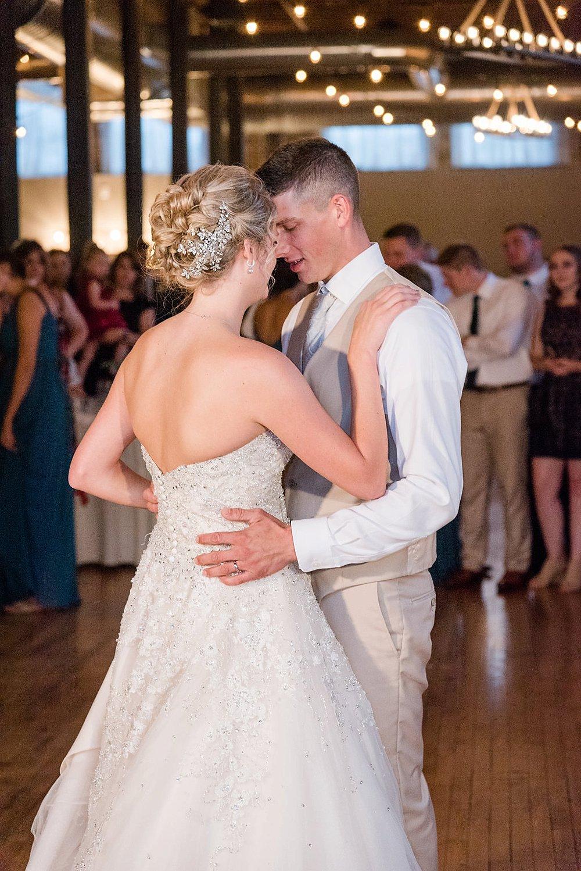 Watertwon WI Wedding_0046.jpg