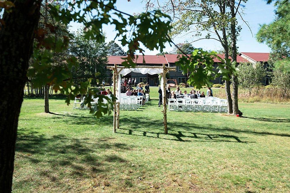 Eagle_River_WI_Fall_wedding_0012.jpg