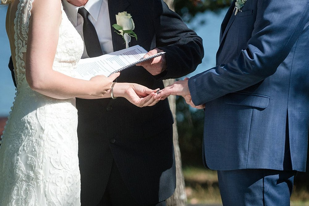 Eagle_River_WI_Fall_wedding_0025.jpg