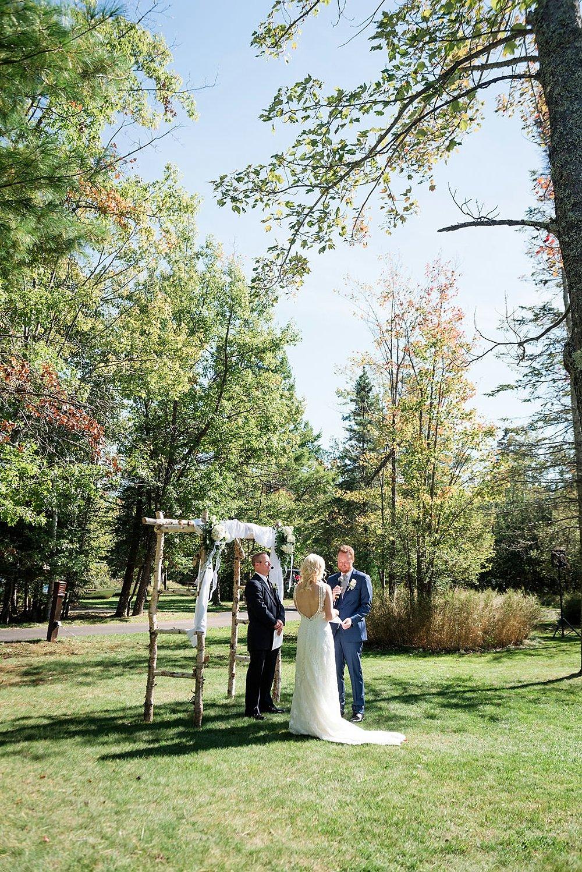 Eagle_River_WI_Fall_wedding_0024.jpg