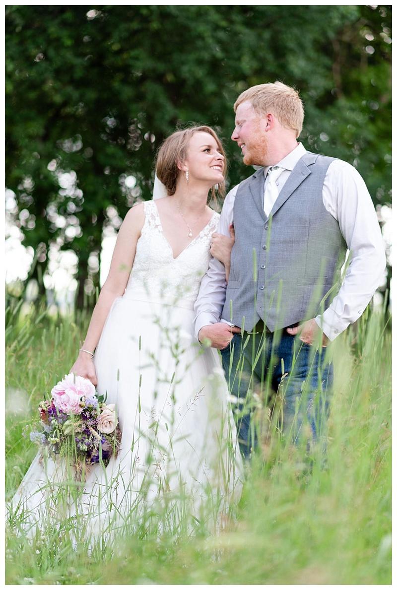 Wisconsin_farm_wedding_0032.jpg