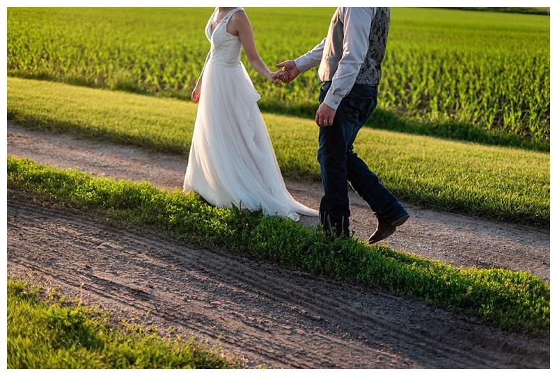 Wisconsin_farm_wedding_0045.jpg