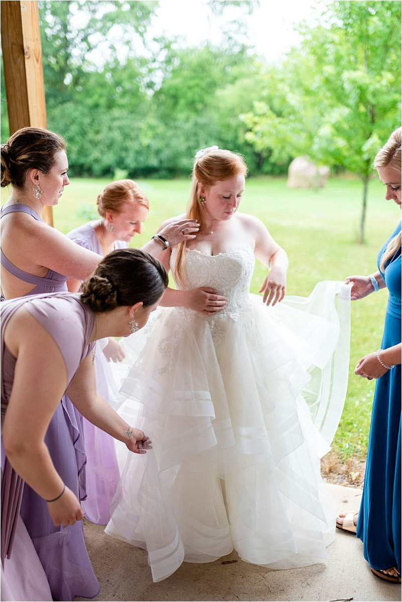 Wisconsin Barn wedding_0007.jpg