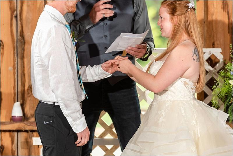 Wisconsin Barn wedding_0044.jpg