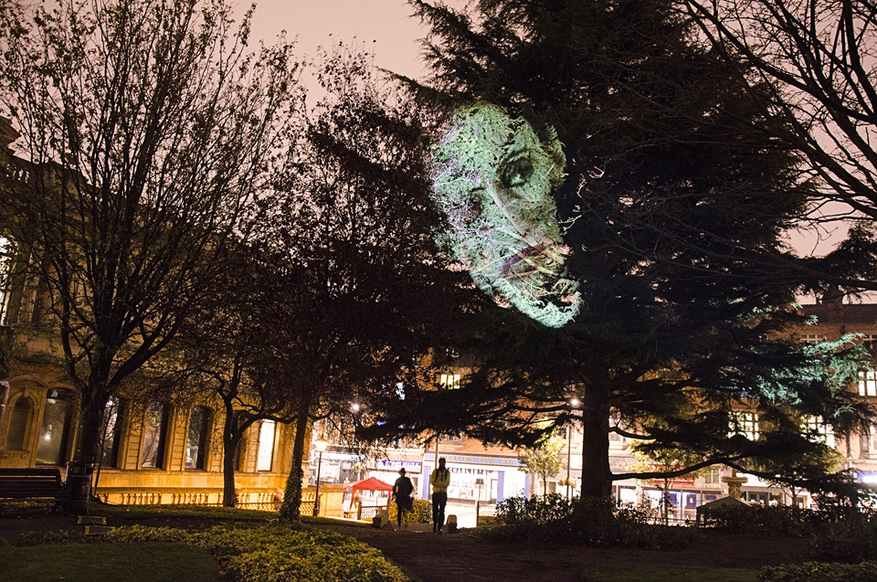 IM_WolverhamptonEng2014_Tree2_big.jpg