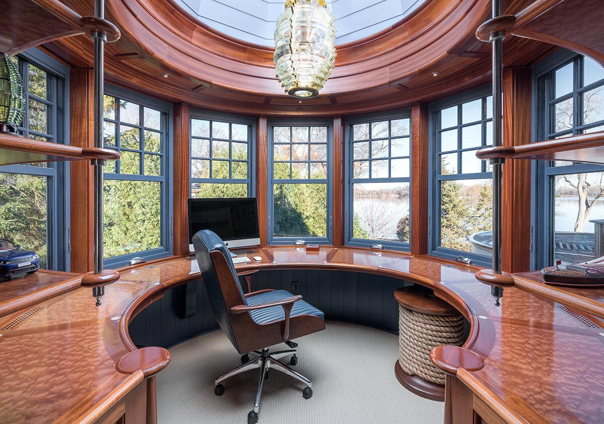 5MDA-Office-symmetry.jpg