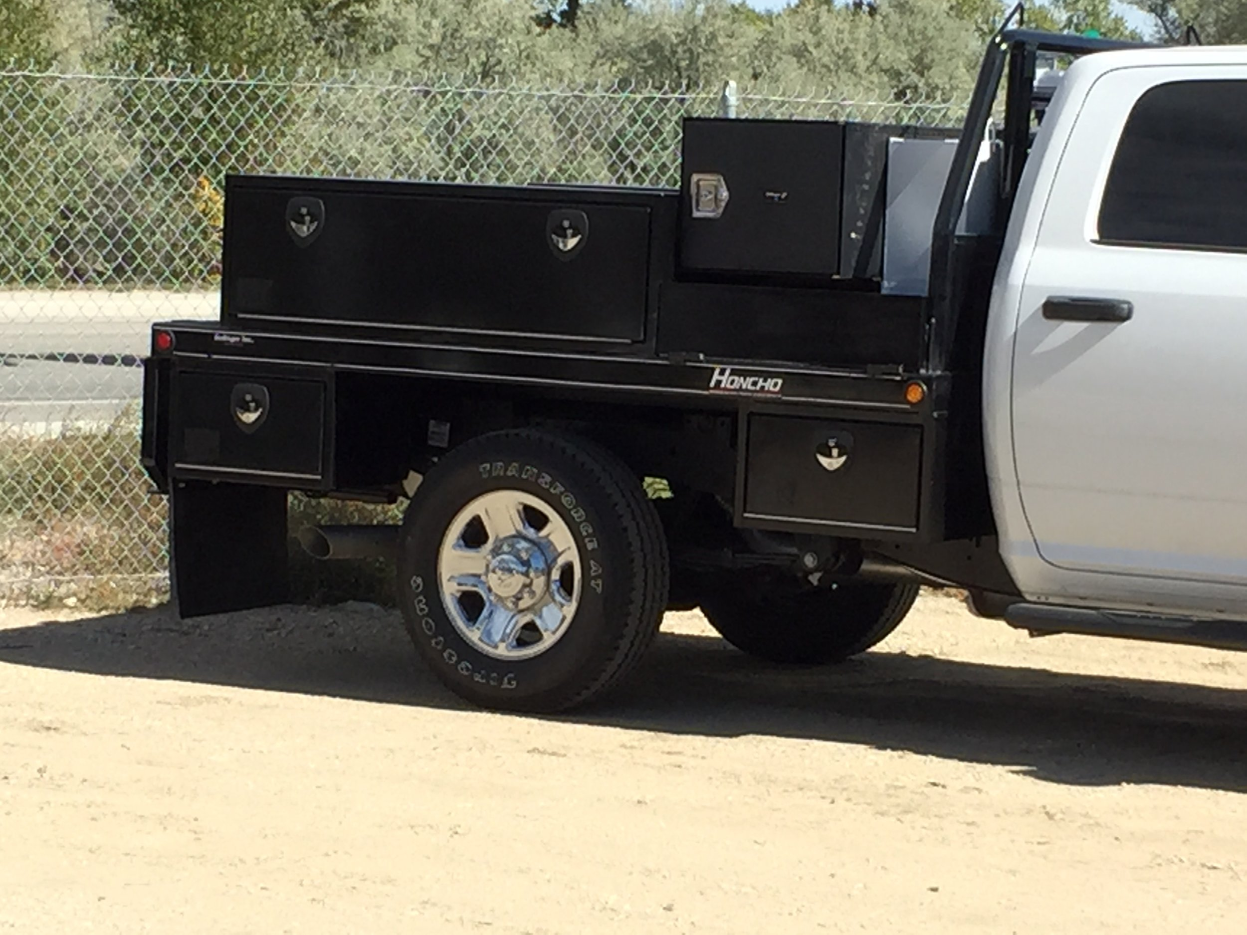 flatbed.bolinger.inc.toolbox.work.ranch.truck.JPG
