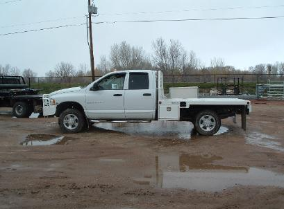 white.honcho.flatbed.grill.guard.bolinger.inc.wy.jpg