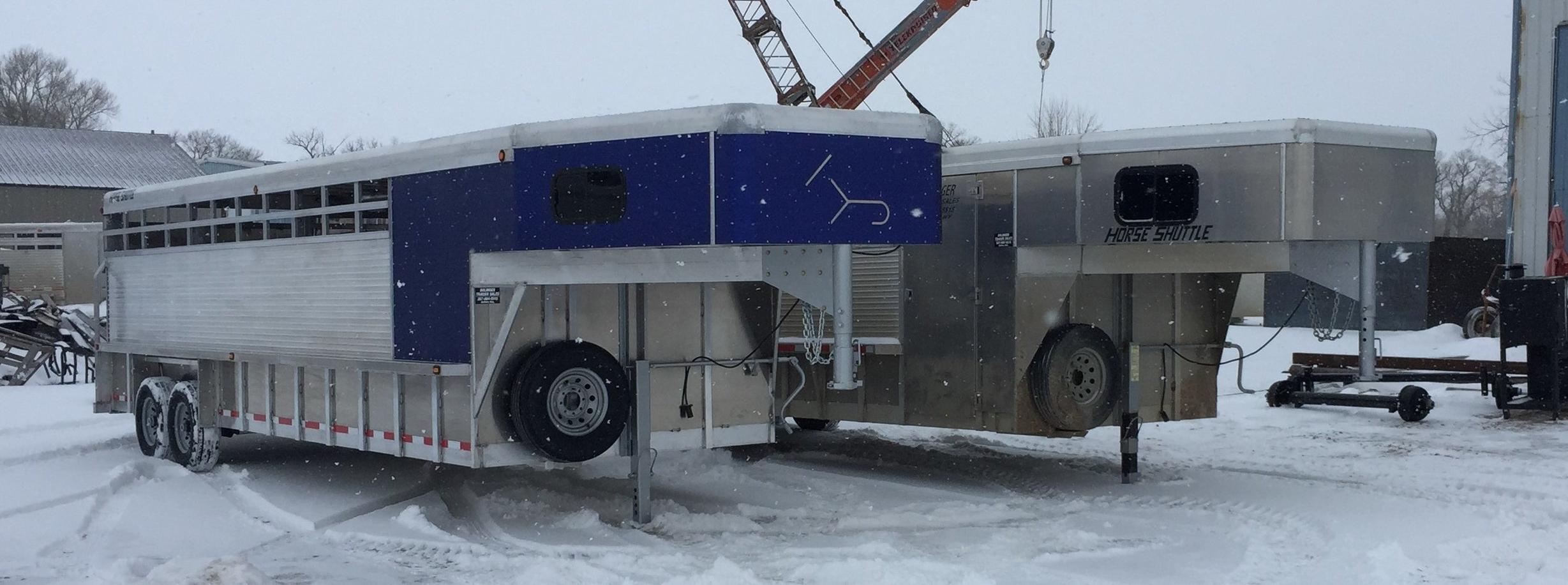 horse.shuttle.trailer.custom.bolinger.inc.blue.tack.room.buffalo.wy