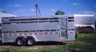 horse.shuttle.trailer.aluminum.stock.wyoming.bolinger.sheep.torsion.split.gate.1.png