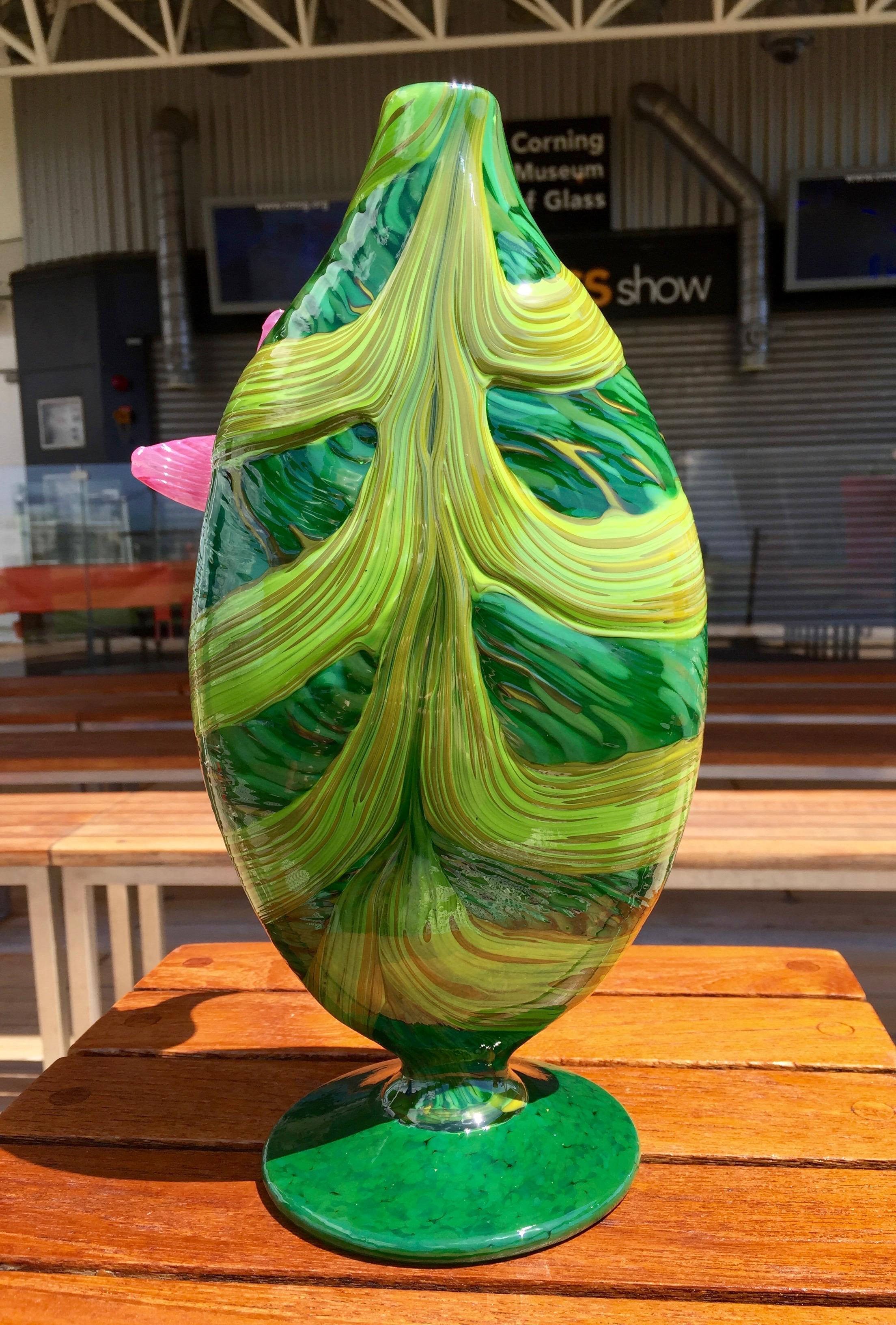x Leaf Vase Back.jpg