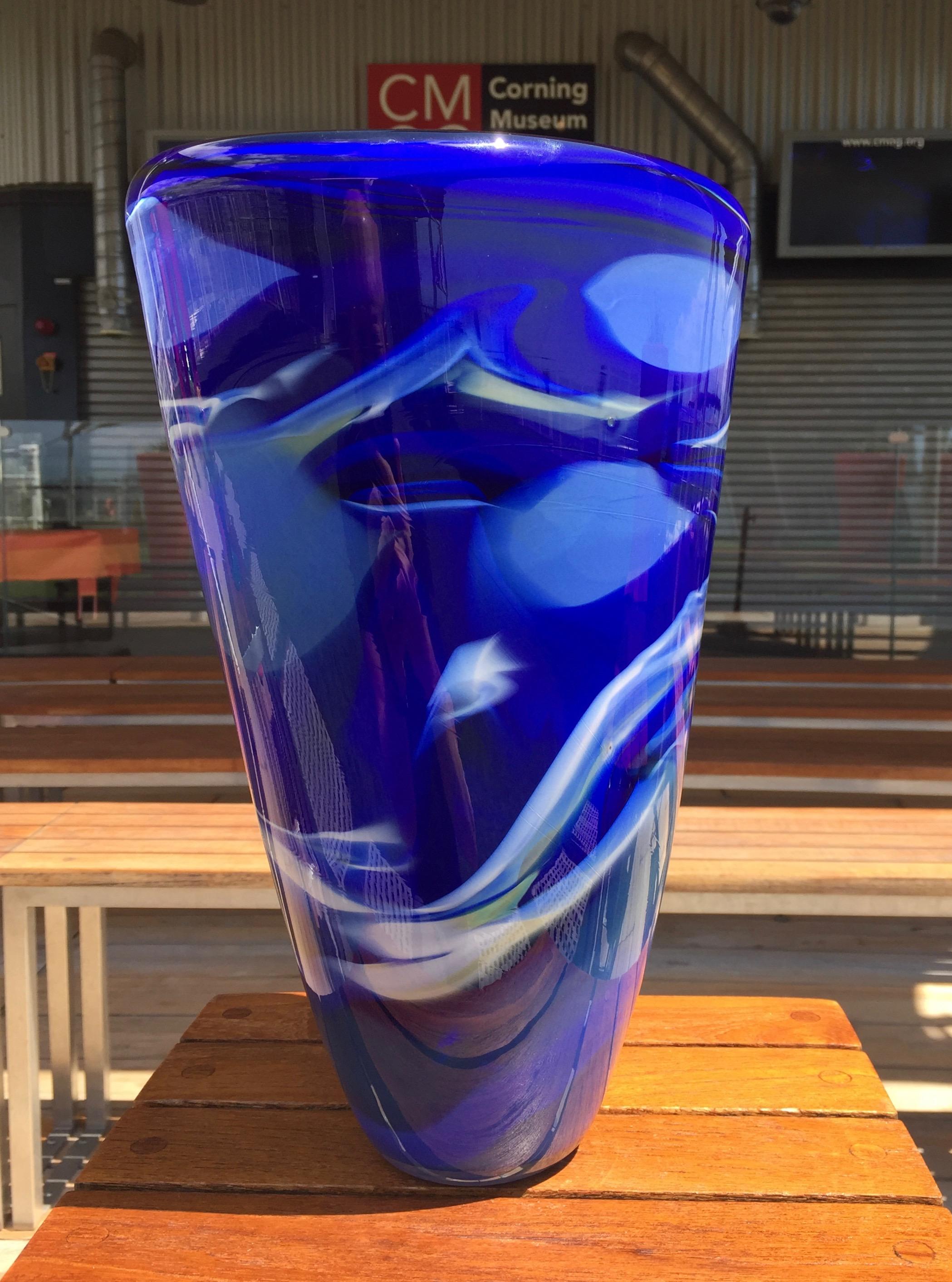x Oceanic Vase.jpg