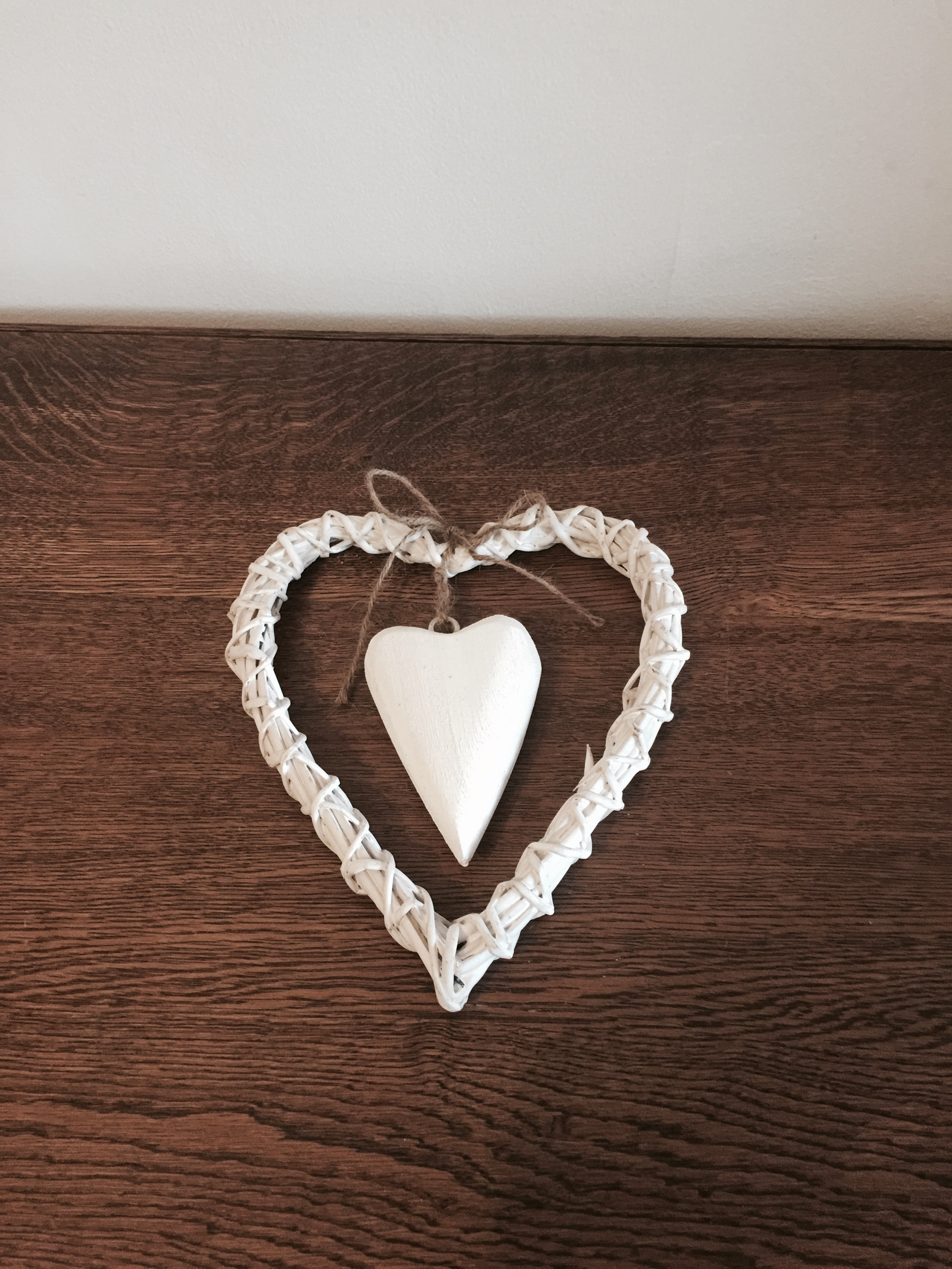 Small white wicker hearts £1 each to hire