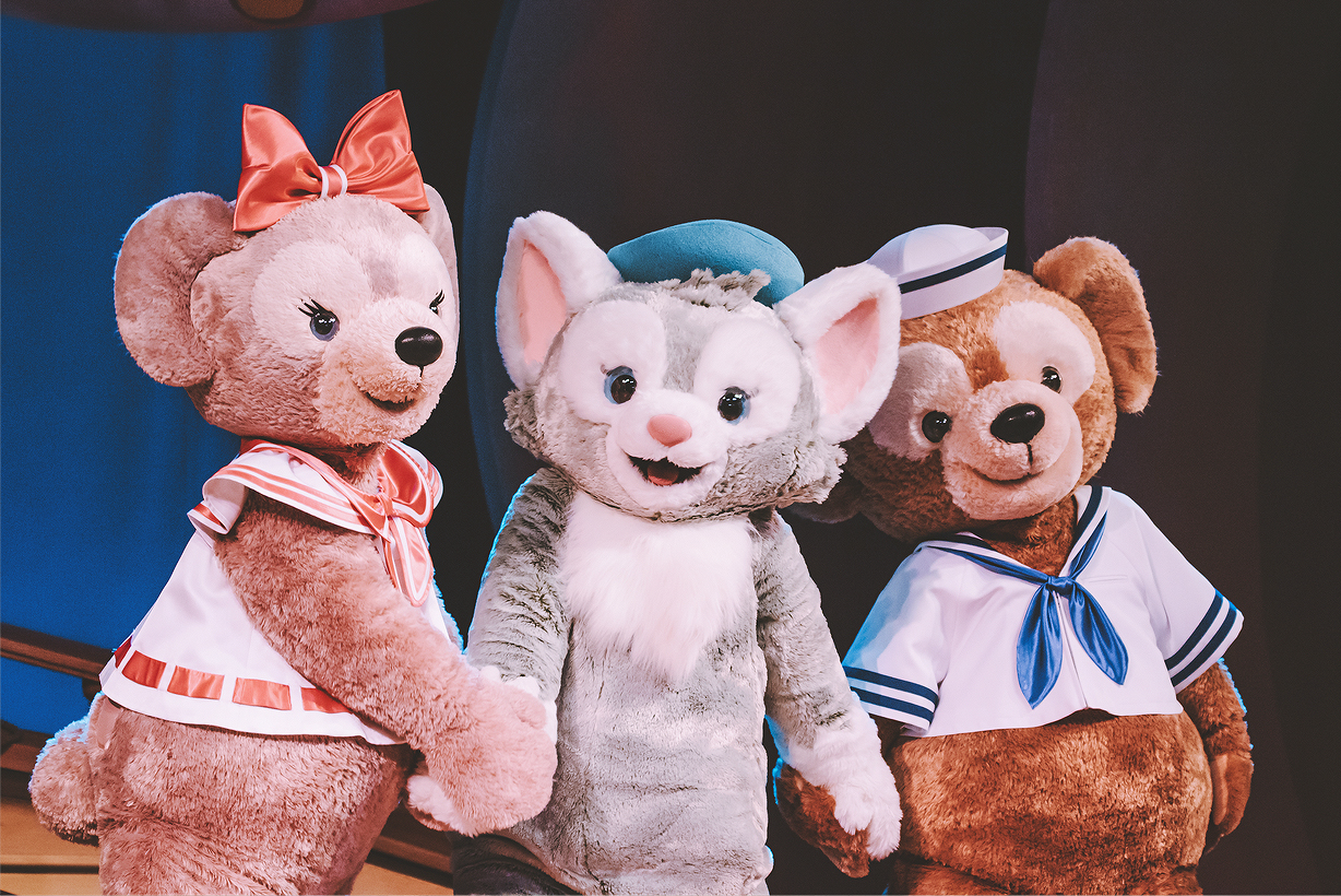 Together again: Shellie May, Gelatoni, and Duffy!