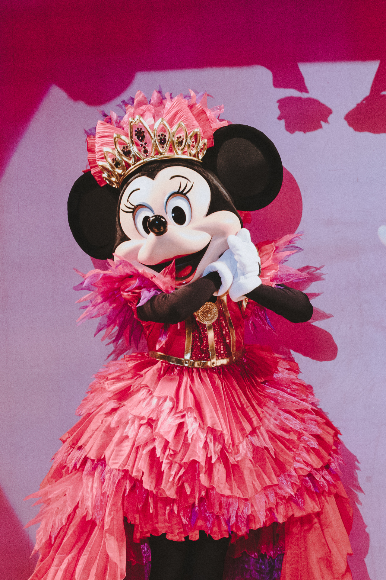 Minnie's finale dress also has a few extra embellishments toward the end. After all, it's  her  party.
