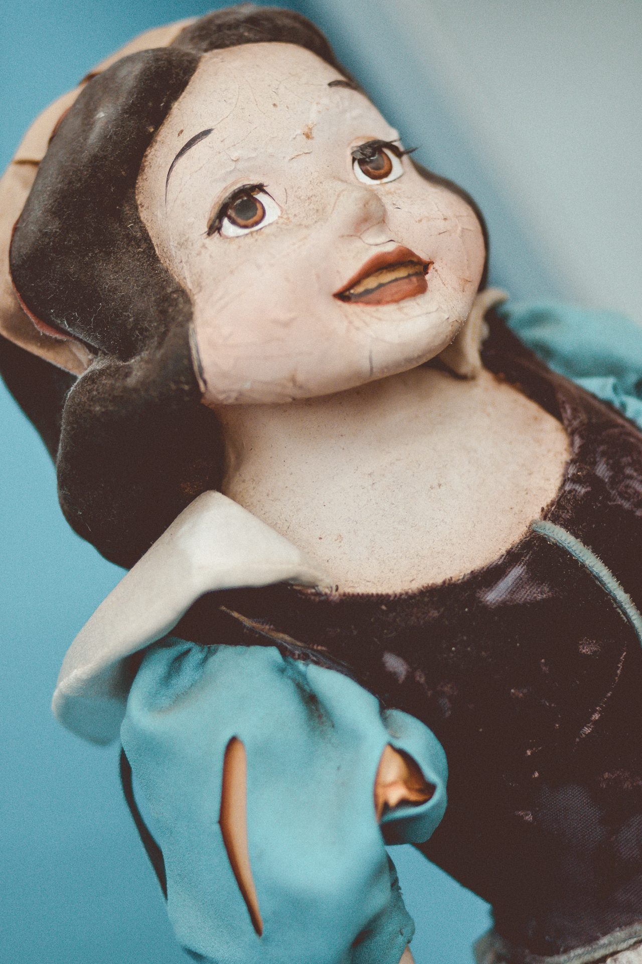 The  iconic  melted Snow White. Don't let her appearance fool you, Snow White is still the fairest of them all for sale at an estimated $500-$700!