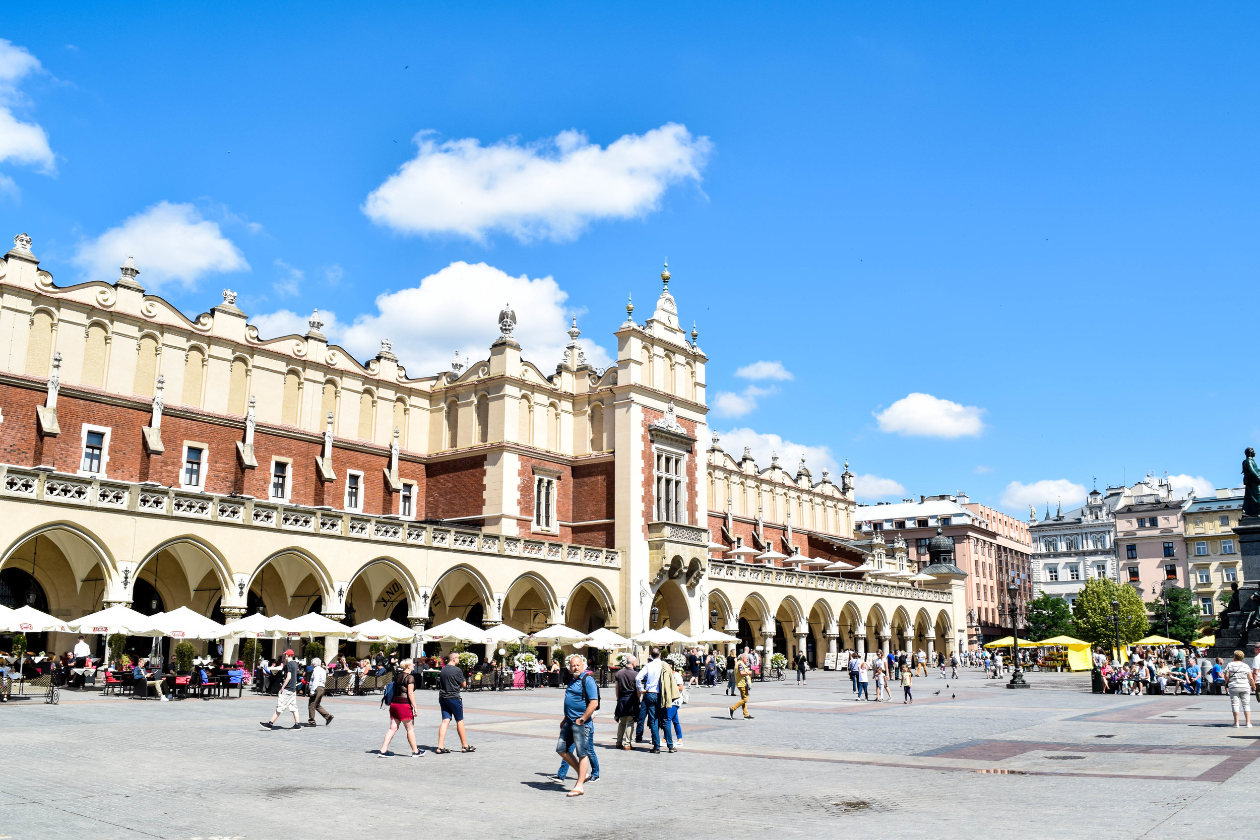 Cloth Hall in the center of the main square of Old Town
