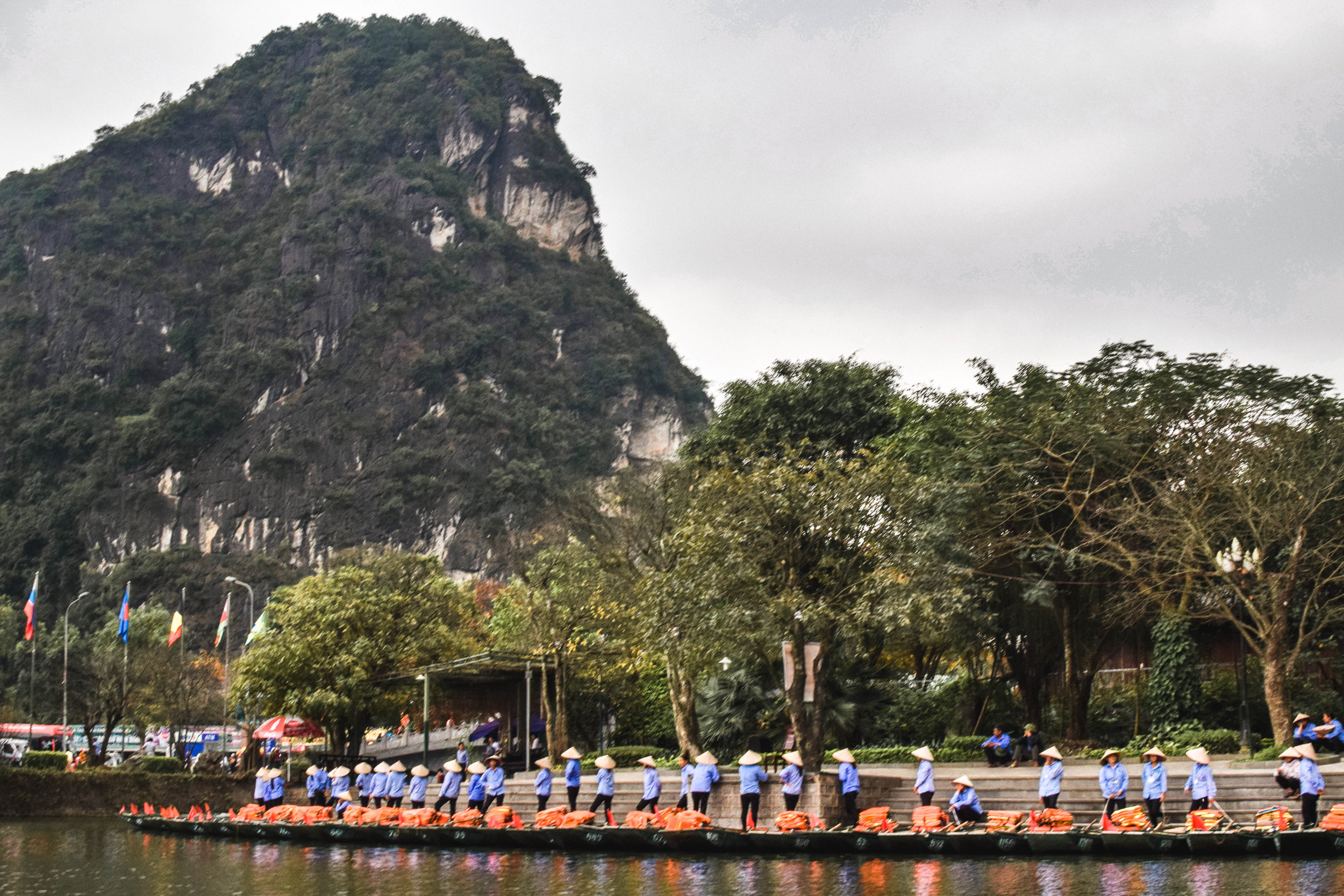All the boat ladies waiting for tour groups at Trang An Grottoes.