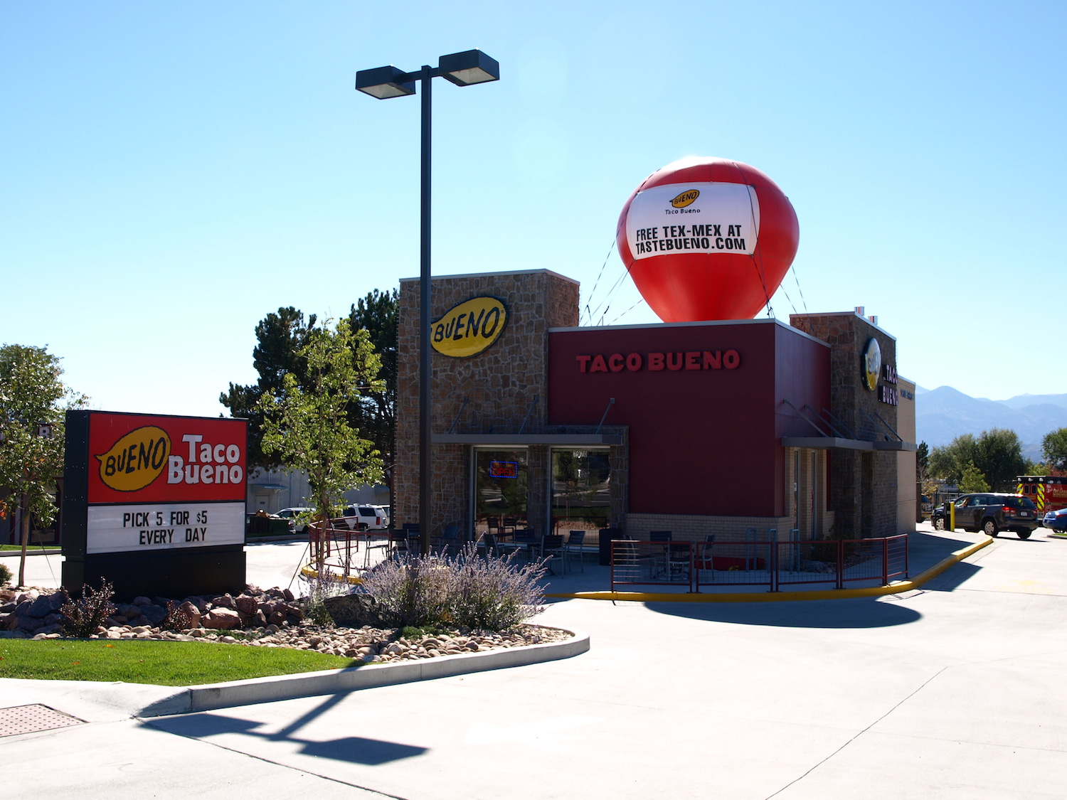 Taco Bueno (Academy Blvd) - Colorado Springs, CO*