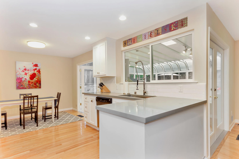 1372 Cornwall Ct Walnut Creek-large-008-22-Kitchen 2-1500x1000-72dpi.jpg