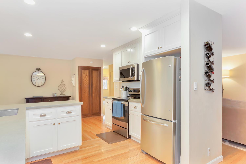1372 Cornwall Ct Walnut Creek-large-010-18-Kitchen 4-1500x1000-72dpi.jpg