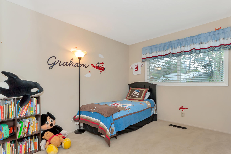1372 Cornwall Ct Walnut Creek-large-022-20-Second Bedroom-1500x1000-72dpi.jpg