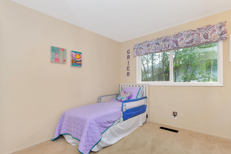 1372 Cornwall Ct Walnut Creek-large-024-29-Third Bedroom-1500x1000-72dpi.jpg