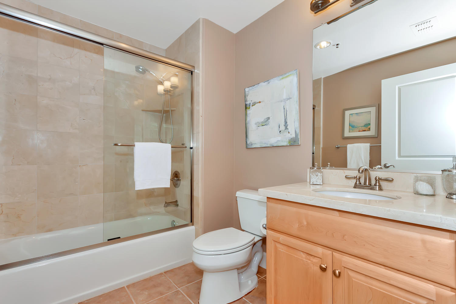 1800 Alma Ave Unit 203 Walnut-large-027-57-Second Bath-1500x1000-72dpi.jpg
