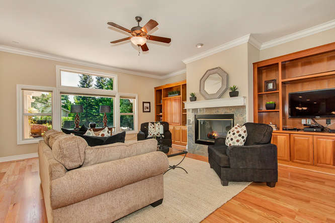 10 Wild Oak Ct Walnut Creek CA-small-021-Family Room 2a-666x444-72dpi.jpg