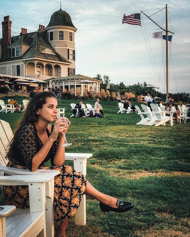 trying to remember if i turned the stove off before going out for cocktails.  anyway i hope you had a gr8 time exploring newport with me this week @biancasoffer ⚓️ . . . . . . . capture by @marchetti23  #castlehillinn #castlehillinnlighthouse #newportri #newportrhodeisland #newportrhodeisland⛵️ #typsysoul #biancasoffer #august2k19 #sayhellotoday #igersrhodeisland #igersnewportri #orlandobloggers #dametravelers #preppyootd #rebelcreativeco