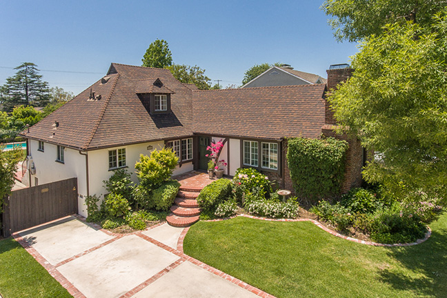 Real Estate ~ Loma Vista st.