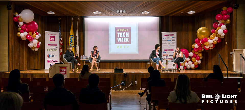 17.10.12-(Glendale-Tech-Week)(Glendale-Central-Library)-044.jpg