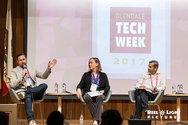 17.10.12-(Glendale-Tech-Week)(Glendale-Central-Library)-142.jpg