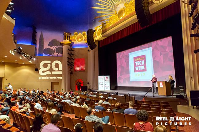 17.10.12-(Glendale-Tech-Week)(Pitchfest)-064.jpg