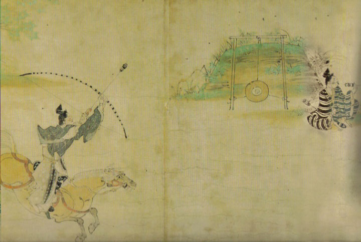 A warrior shoots a straw hat target 笠懸 ( kasagaki ) from horseback in the  Illustrated Scroll of Obusuma Saburo . Ca. 13th century. (Creative Commons)