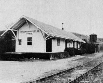 04-sparta-train-station.jpg