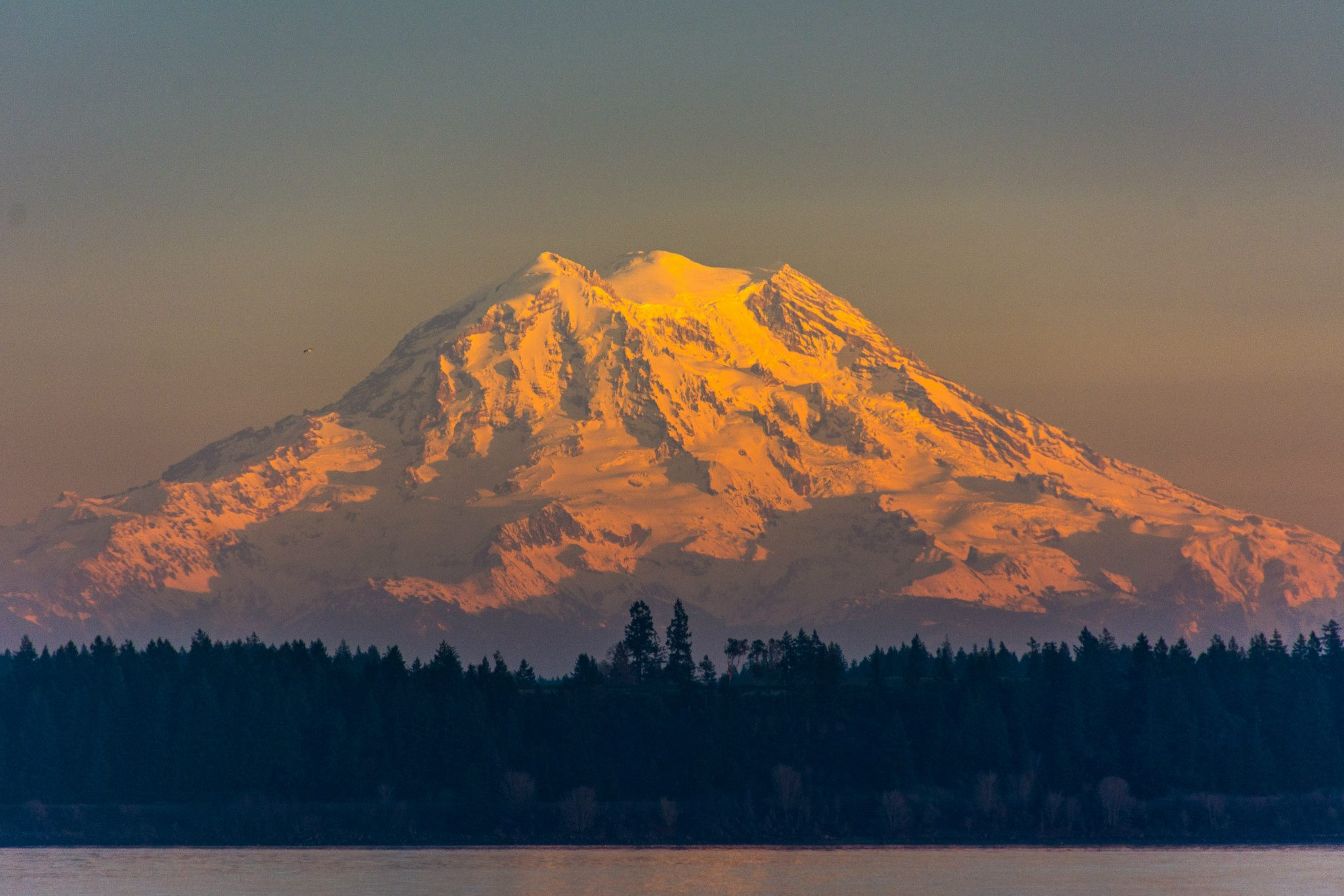 Mount-Rainier-Sunset.jpg