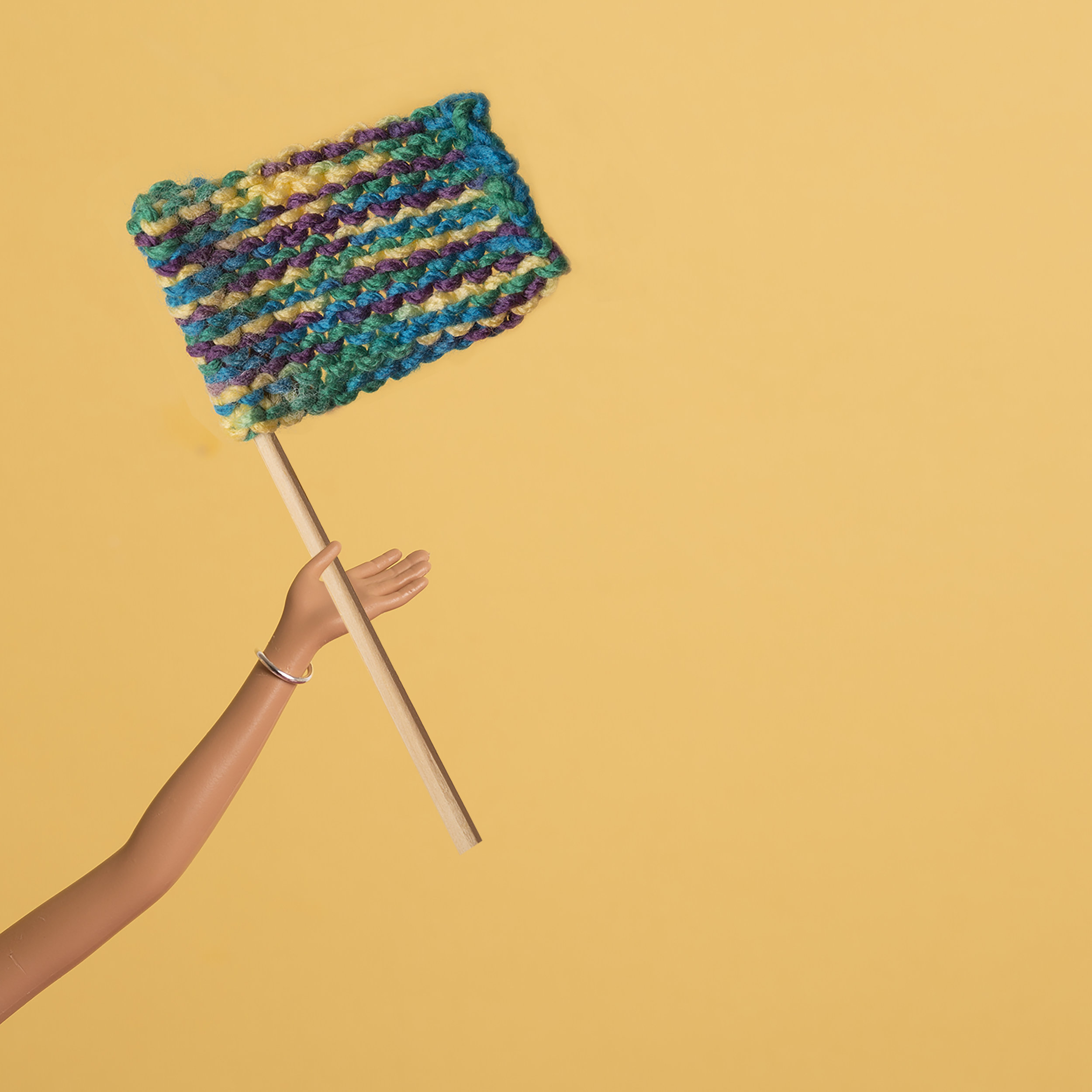 June 9th - Knit in Public Day
