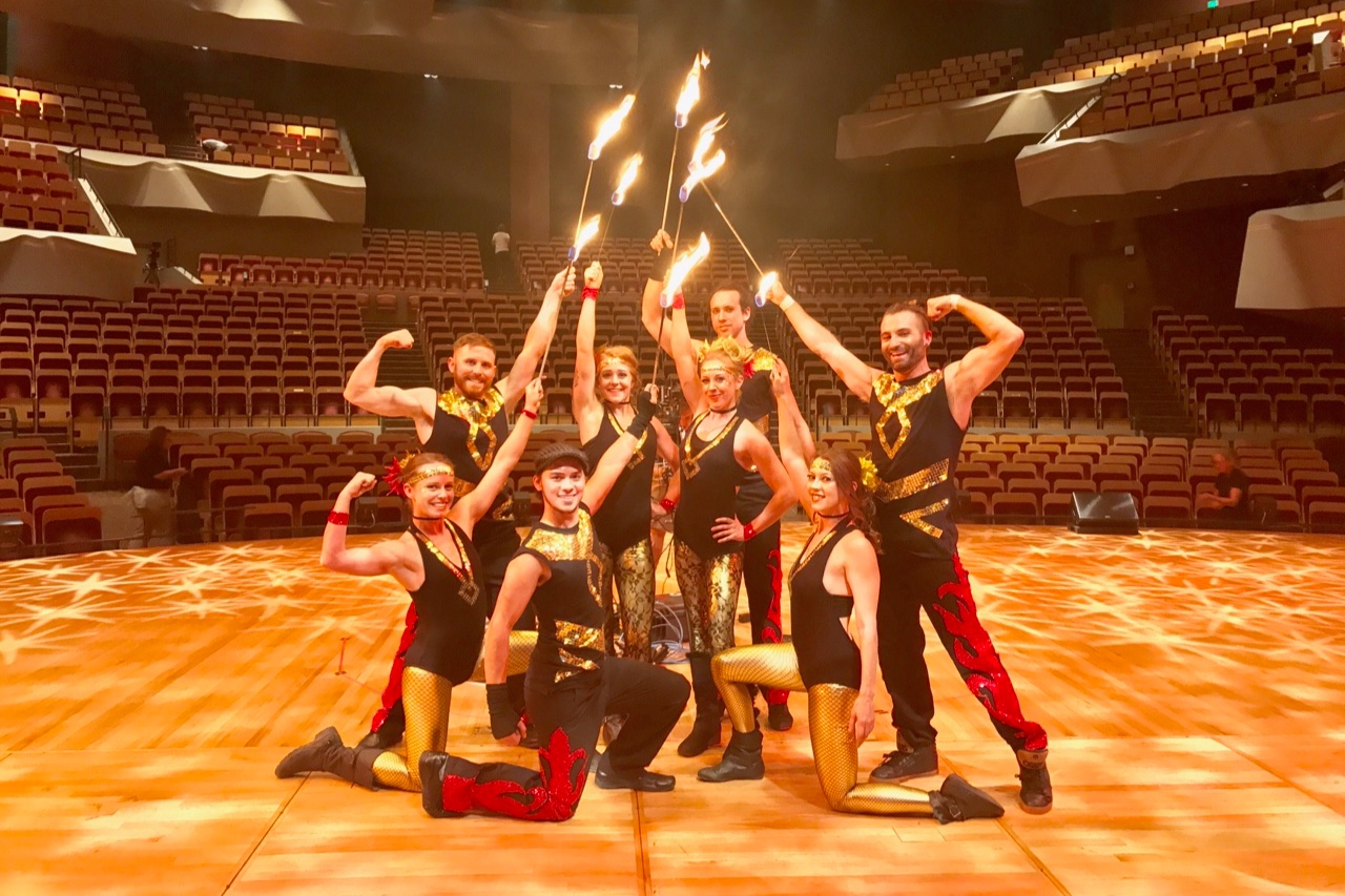 Cirque Performances.JPG