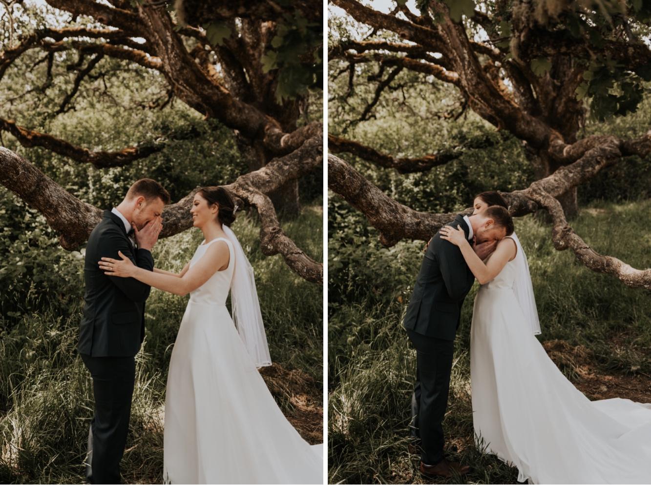 016_CorvallisOregonBarnWedding-146_CorvallisOregonBarnWedding-145_corvallis_wedding_photographer.jpg