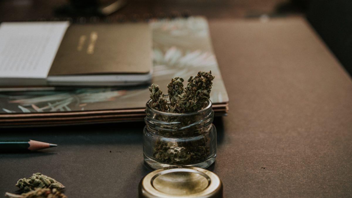 blur-bud-cannabis-1466335-1200x675.jpg
