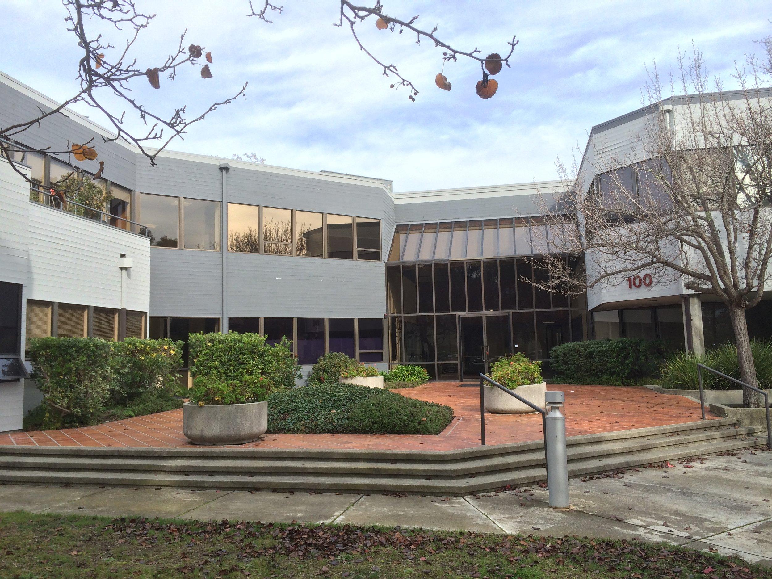 100 Tamal Vista Boulevard, Corte Madera, CA 94925 21,343 SF Office $8,200,000