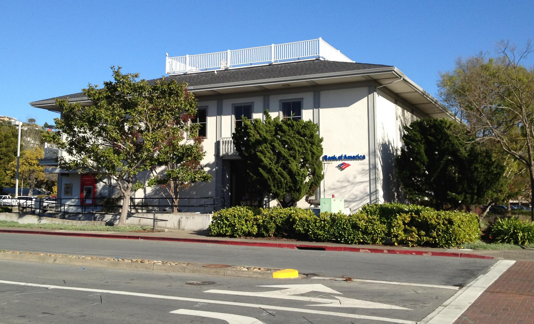 1601 Tiburon Boulevard, Tiburon, CA 94920 5,026 SF STNL Bank of America $5,850,000