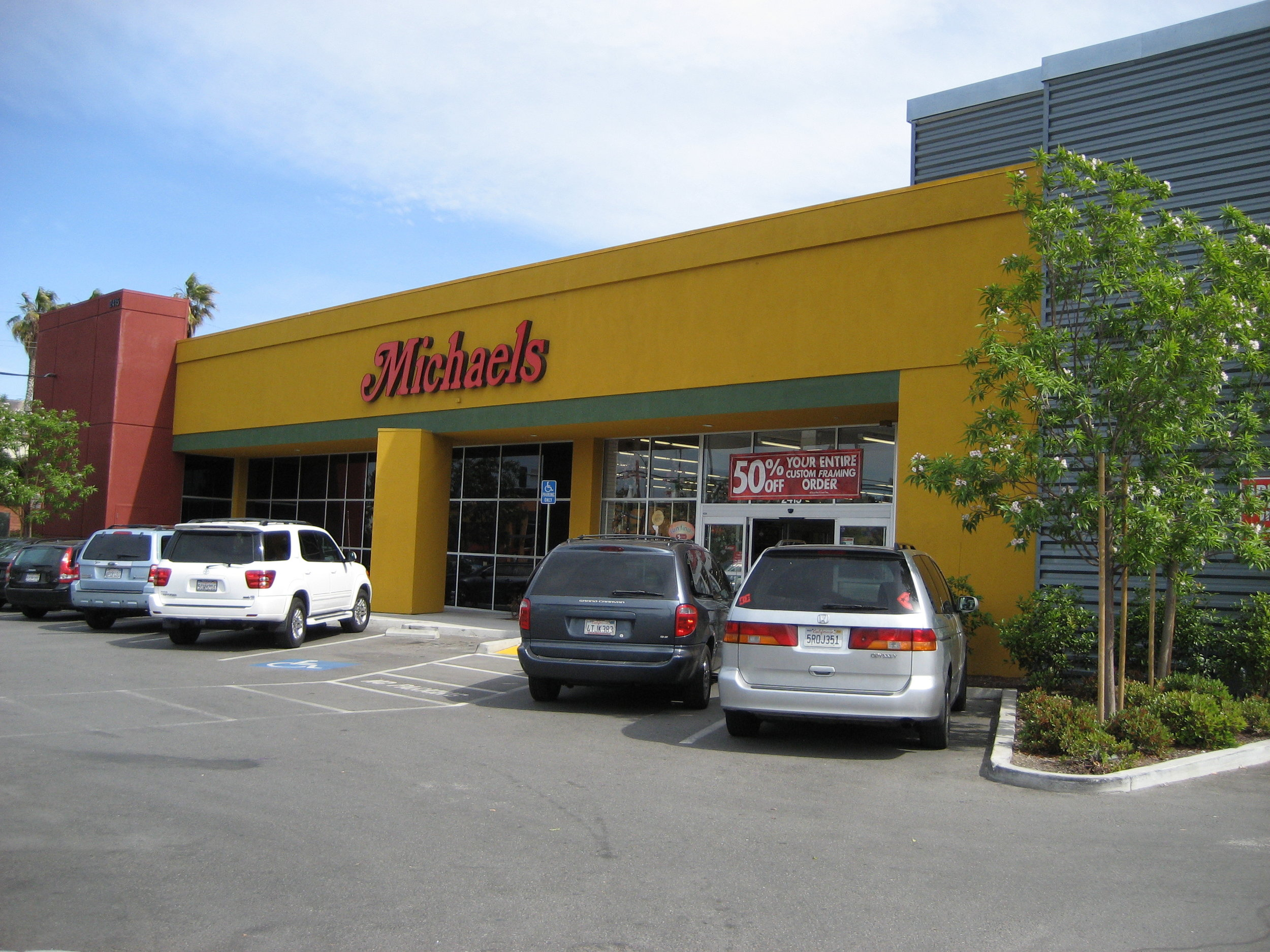 2415 Charleston Road, Mountain View, CA 94043 21,579 SF STNL Michaels Stores, Inc. $6,915,000