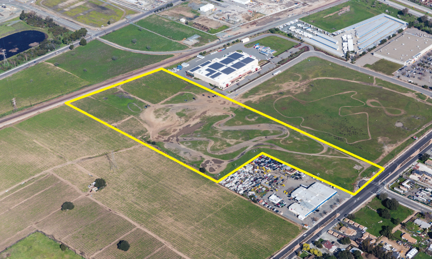 East 18th Street, Antioch, CA 94509 24.79 AC Parcel $2,000,000