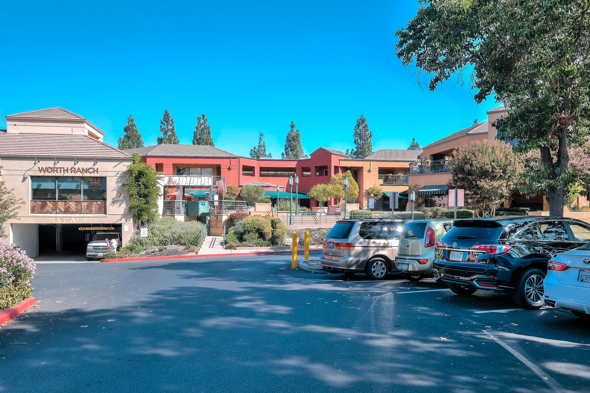 2410 San Ramon Valley Blvd, San Ramon, CA 94583 59,498 SF Two-Story Non-Anchored Retail Center $15,800,000