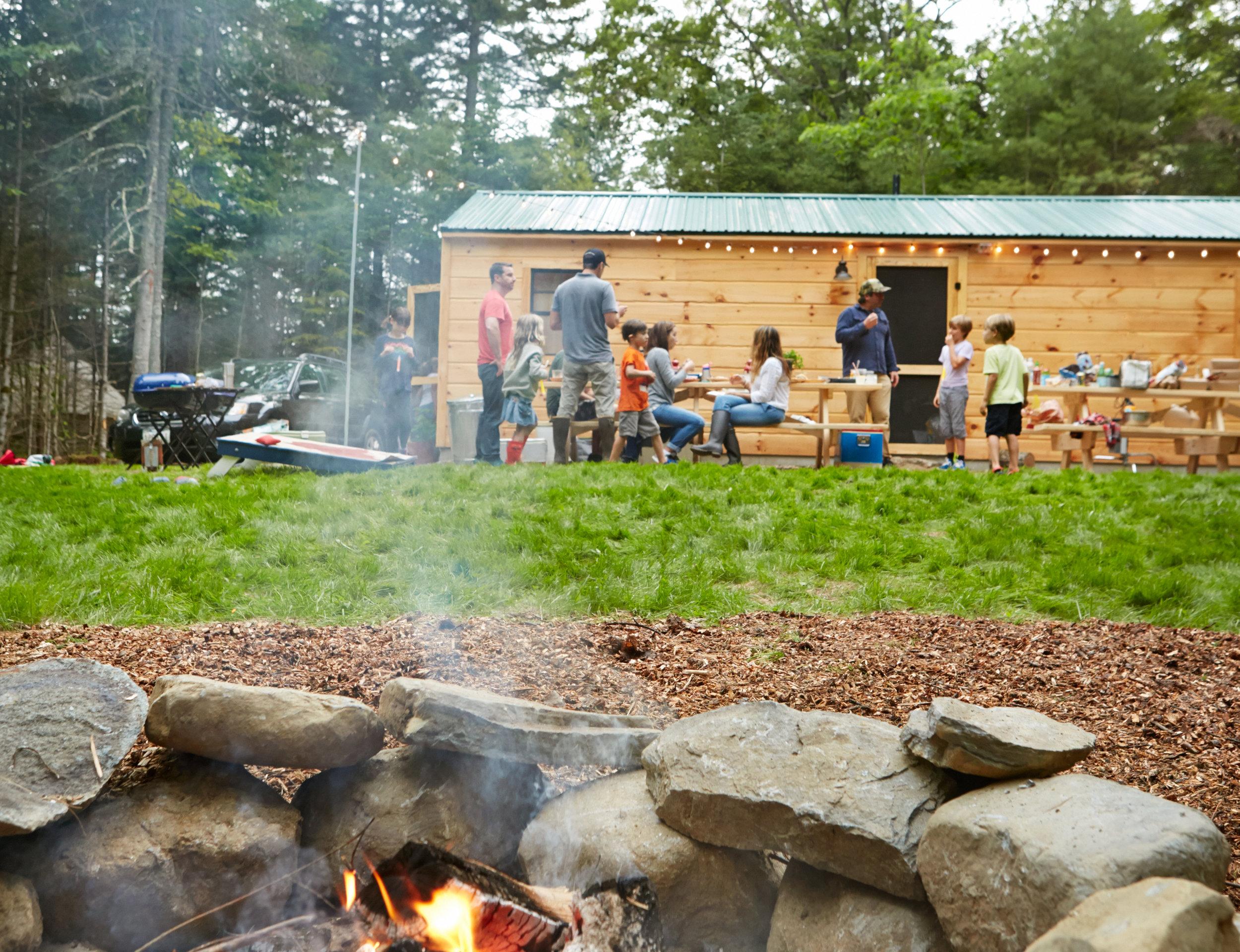 Tops'l_campfire_01.jpg