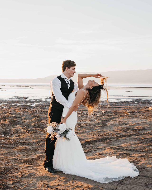 Catch me if I fall * * * Photography: @briellisphotography Dress: @gypsybride Flowers: @gracefullybloomed Model: @emmy__ly * * #gypsybride #love #utahvalleybride #utahbride #utahlove #weddingdress #weddingdesigner #instawed #realweddings #weddingbliss #weddingdressshopping #bride2019 #bride2be #weddingfashion #weddings2019 #2020bride #2020wedding #isaidyes #sayyestothedress #bridalstore #newyork #newyorkbride