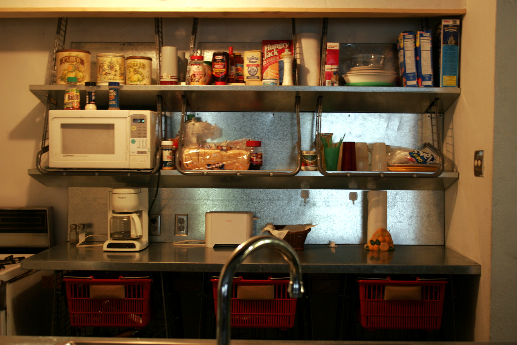 Kitchen-03_50.jpg