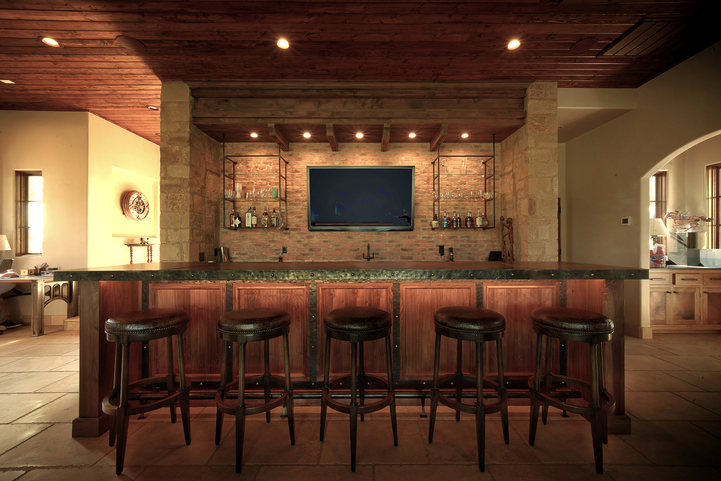 2-03-Interior-Bar.jpg
